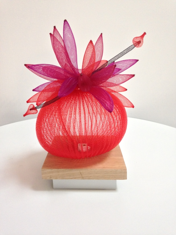 Lampe de table Fleur de cactus - rouge et violine - Francoise Delaire